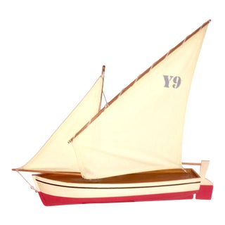 Y-9 Red Sailboat Model