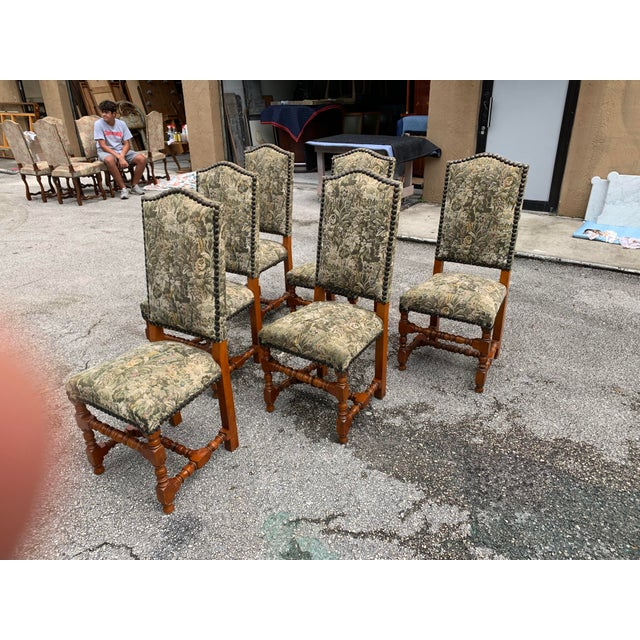1900s French Louis XIII Style Solid Walnut Dining Chairs - Set of 6 For Sale In Miami - Image 6 of 13