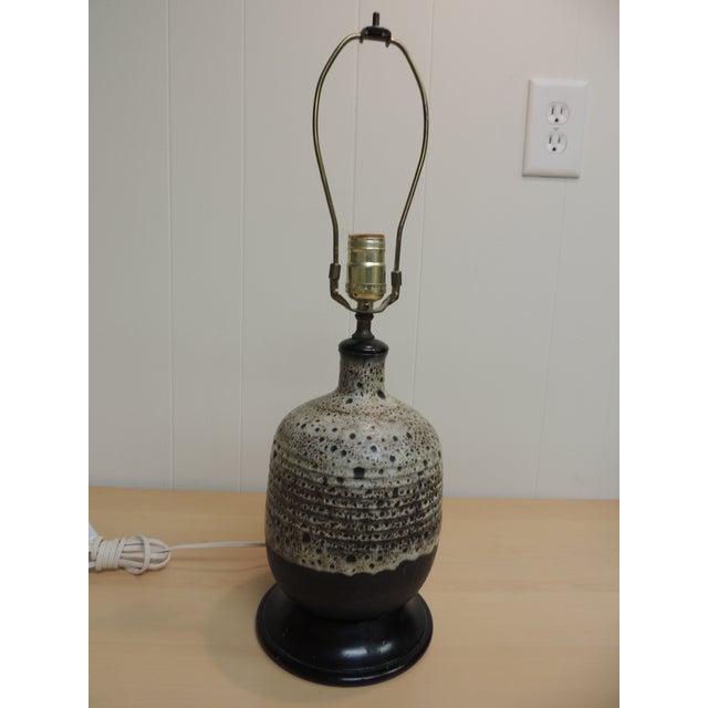 Mid-Century Modern Art Pottery Ceramic Table Lamp - Image 2 of 4