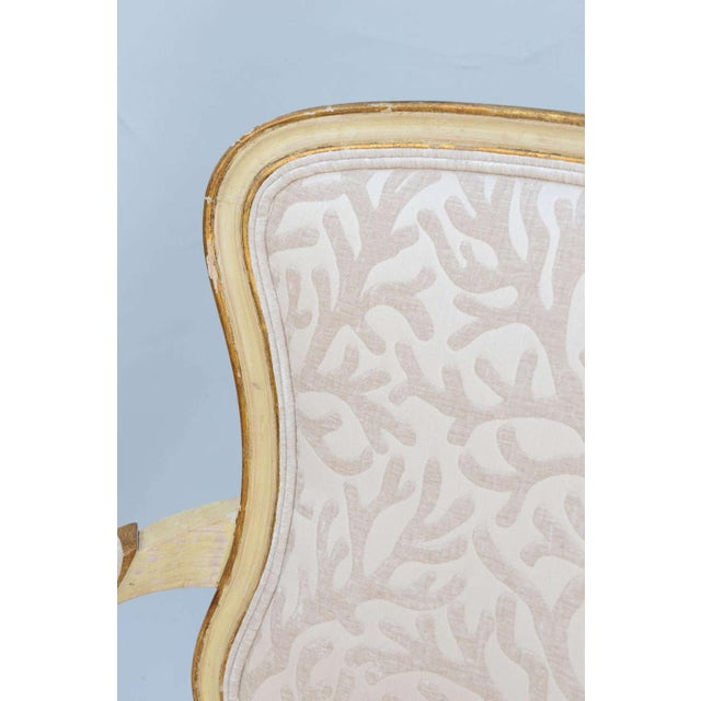 1960s Pair of Painted & Parcel Gilt Armchairs For Sale - Image 5 of 9
