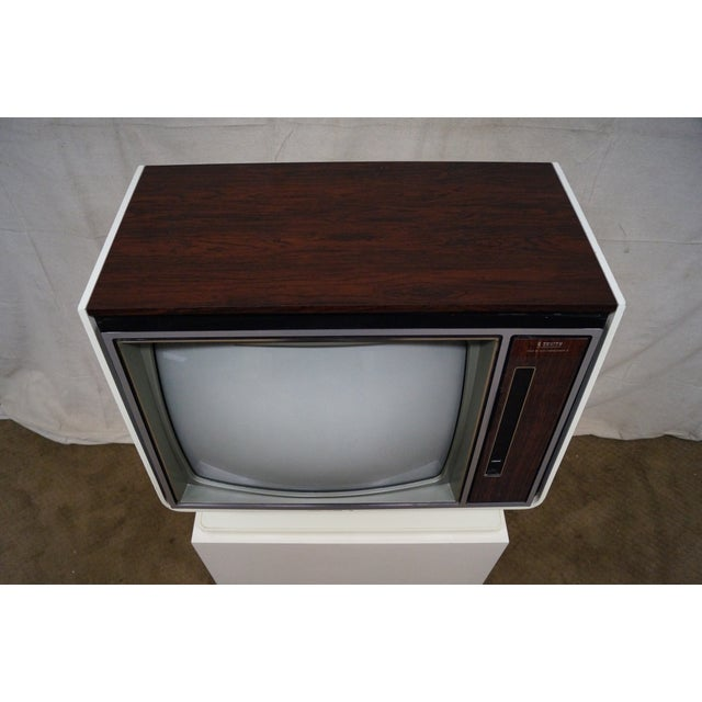Vintage White Zenith TV on Stand circa 1970s For Sale - Image 10 of 10