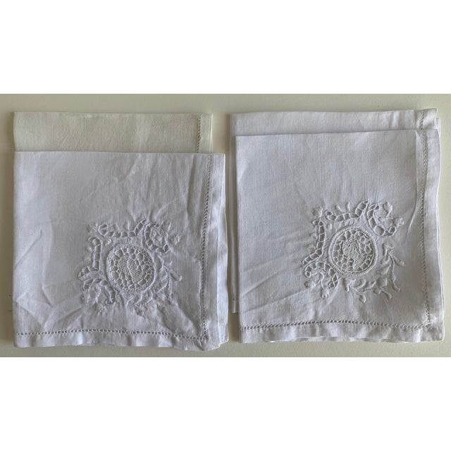 Roman Coin Embroidered Linen Cocktail Napkins S/4 For Sale In New York - Image 6 of 6