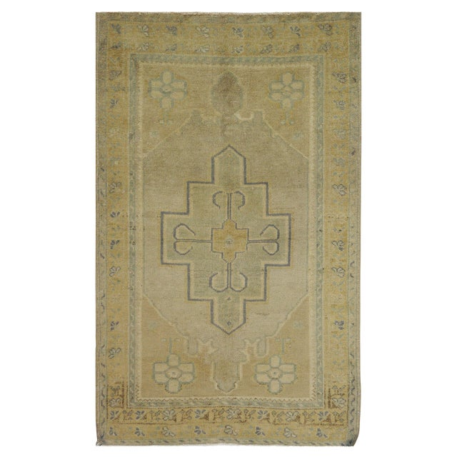 Vintage Turkish Oushak Rug - 3'2'' x 5'2'' For Sale