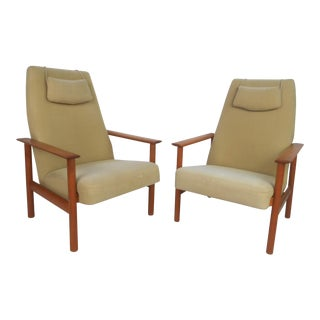 Pair of Vintage Modern Folke Ohlsson Style Lounge Chairs For Sale