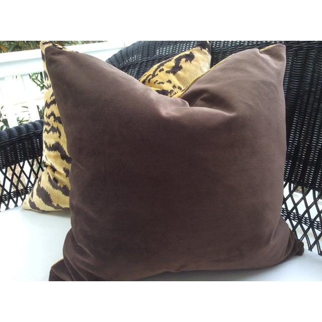 "Mid-Century Modern Scalamandre ""Le Tigre"" Italian Silk Velvet Down Pillows - a Pair For Sale - Image 3 of 3"
