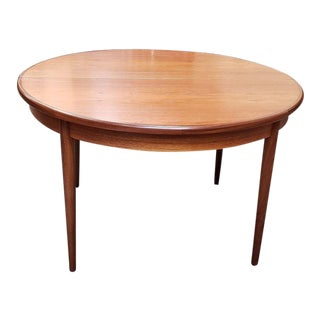 """Vintage """"G-Plan"""" Extending Round Dining Table C.1960s For Sale"""