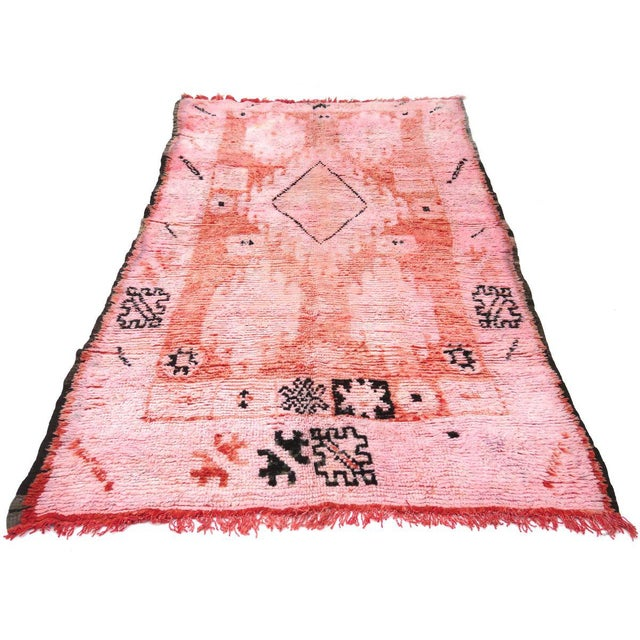 Textile 1960s Vintage Moroccan Boujad Rug - 5′2″ × 9′10″ For Sale - Image 7 of 12