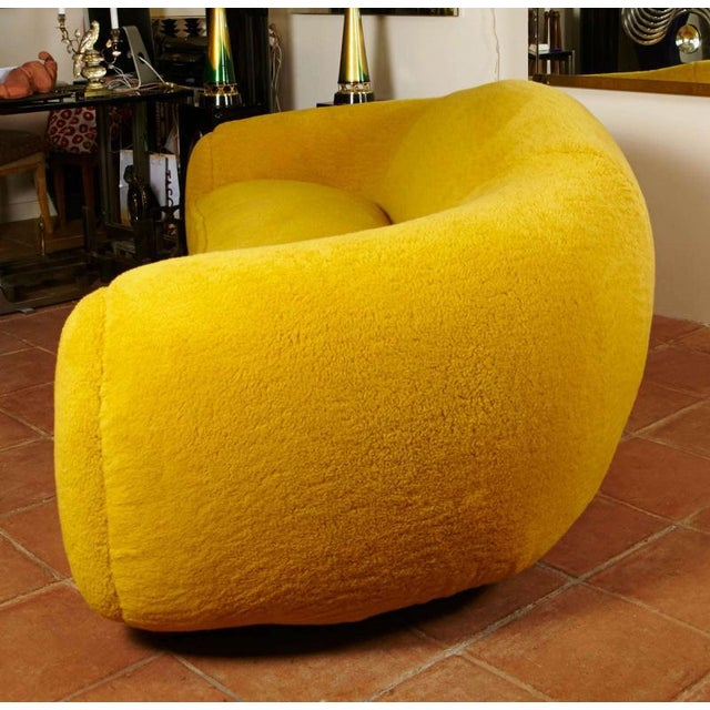 """Textile Jean Royère Genuine Iconic """"Ours Polaire"""" Couch in Yellow Wool Faux Fur For Sale - Image 7 of 11"""