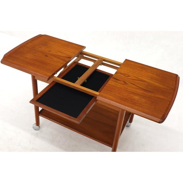 Danish Mid-Century Modern Teak Expandable Cart With One Leaf For Sale - Image 10 of 13