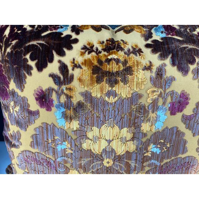 Traditional Luigi-Bevilacqua Silk Velvet Pillows - A Pair For Sale - Image 3 of 9