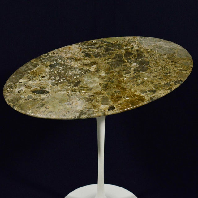 White Eero Saarinen Tulip Side Table With Marble Top For Sale - Image 8 of 12