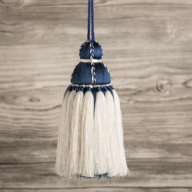 Navy & White Tassel, Medium For Sale - Image 4 of 4