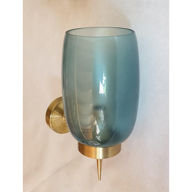 Archimede Seguso 1970s Mid-Century Modern Blue Murano Glass Sconces Attr to Seguso - a Pair For Sale - Image 4 of 6