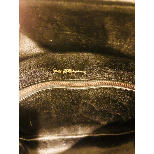 1980s Saks Fifth Avenue Suede and Leather Shoulder Bag For Sale - Image 10 of 13