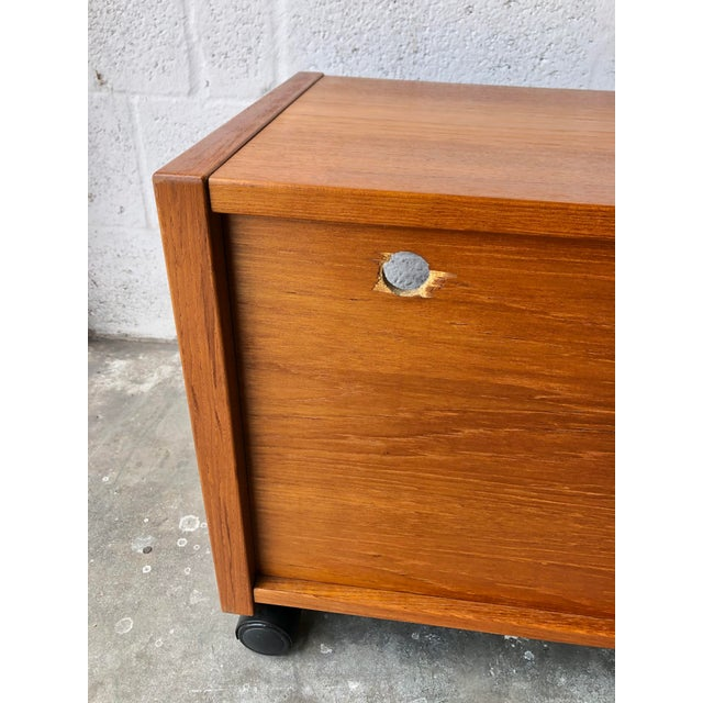 Wood Vintage Mid-Century Danish Modern Teak Tv Stand/Media Cabinet on Casters For Sale - Image 7 of 10