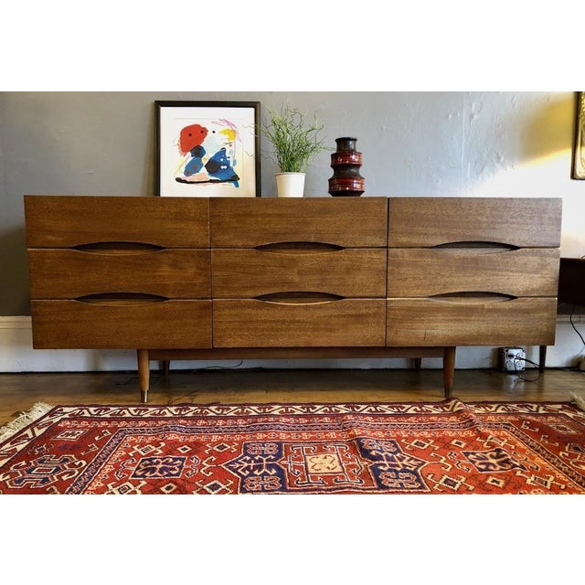 Brown Mid Century American of Matinsville 9 Drawer Dresser/Lowboy For Sale - Image 8 of 9