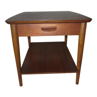 1960s Mid-Century Modern Lane Walnut Side Table For Sale