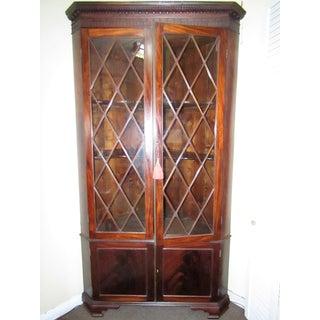 Mullion Door Corner Cabinet in Mahogany Preview
