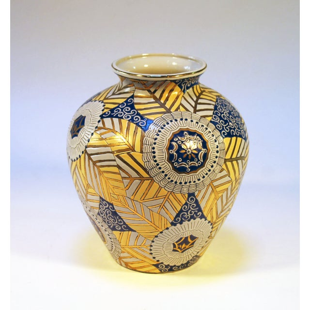 Chinese Gold, Blue and White Vase - Image 2 of 7