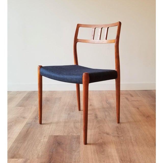 J.L. Møllers Møbelfabrik 1960s Newly Upholstered Niels Moller Model 79 Side Chairs - Set of 4 For Sale - Image 4 of 13