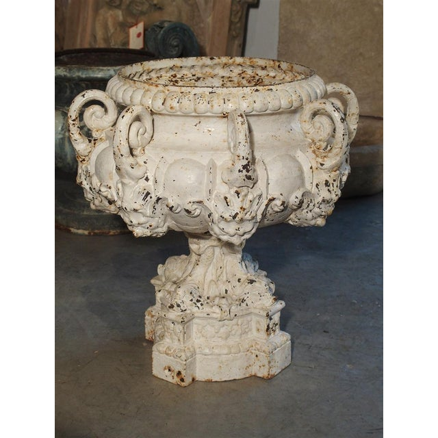 19th Century 8-Spout Painted Cast Iron Fountain Element From France For Sale - Image 12 of 12