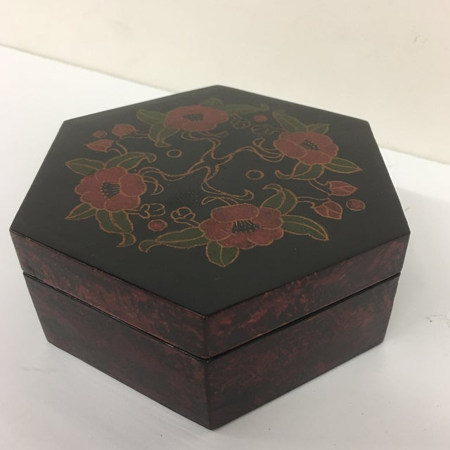 Contemporary Vintage Lacquer Hexagon Box For Sale - Image 3 of 8