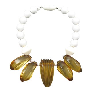 Angela Caputi Italy Choker Necklace White and Apple Juice Resin Lucite For Sale