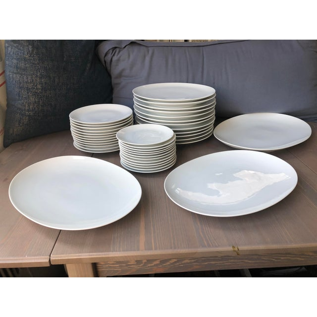 1950s Mid Century Raymond Loewy Continental China Rosenthal White Dinnerware - Set of 39 For Sale - Image 5 of 6
