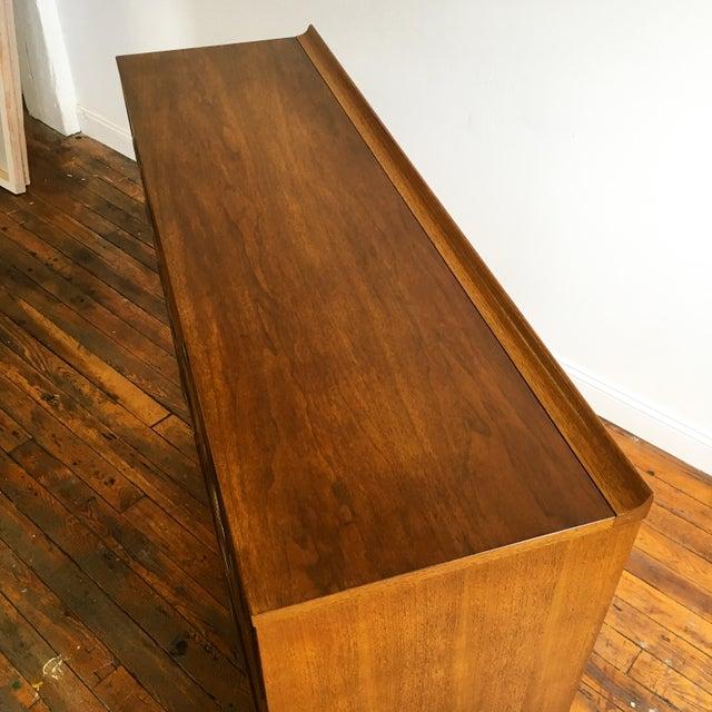 Broyhill Sculptra Magna Highboy Dresser - Image 5 of 8