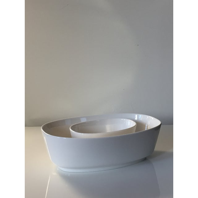 2 oval salad bowls 1 big bowl: 11 3/4 Inches W X 7 3/4 Inches D X 4 Inches H, capacity: 101.5 oz 1 small bowl: 6 3/4...