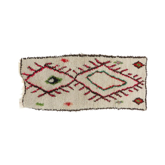 """Islamic Azilal Vintage Moroccan Rug, 2'9"""" X 6'3"""" Feet For Sale - Image 3 of 6"""