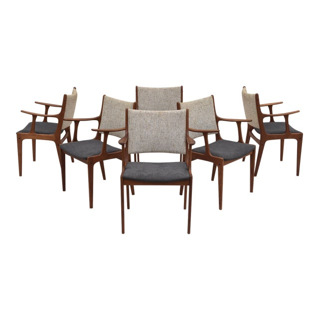 Danish Modern Dining Chairs by Johannes Andersen- Set of 6 For Sale