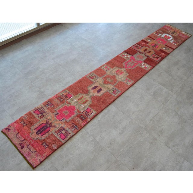 Boho Chic Distressed Oushak Rug Runner - Hand Knotted Narrow Hallway Rug - 1′ 11″ × 12′ 2″ For Sale - Image 3 of 9