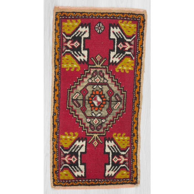 Vintage mini rug from Konya region of Turkey.In good condition.