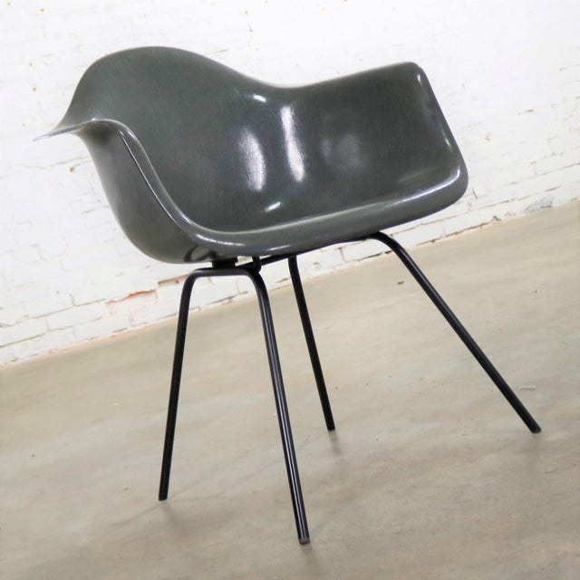 Gray Elephant Hide Gray Eames Herman Miller Molded Fiberglass Dax Arm Shell Chair H Base For Sale - Image 8 of 13