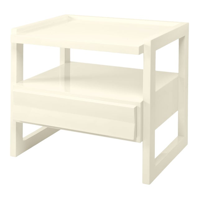Hudson Nightstand in Bright White - Rita Konig for The Lacquer Company For Sale