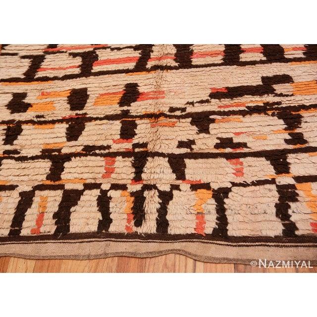 Boho Chic Vintage Moroccan Rug - 4′8″ × 9′2″ For Sale - Image 3 of 7