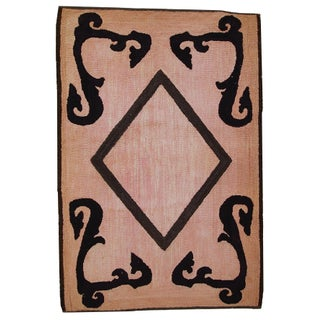 Handmade Antique American Hooked Rug - 2′8″ × 4′2″ For Sale