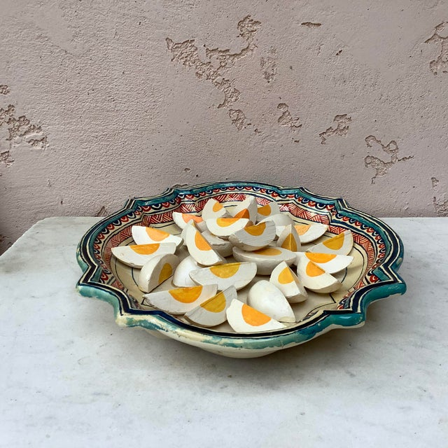 French 1930 Majolica Trompe l'Oeil Eggs Platter For Sale - Image 3 of 8