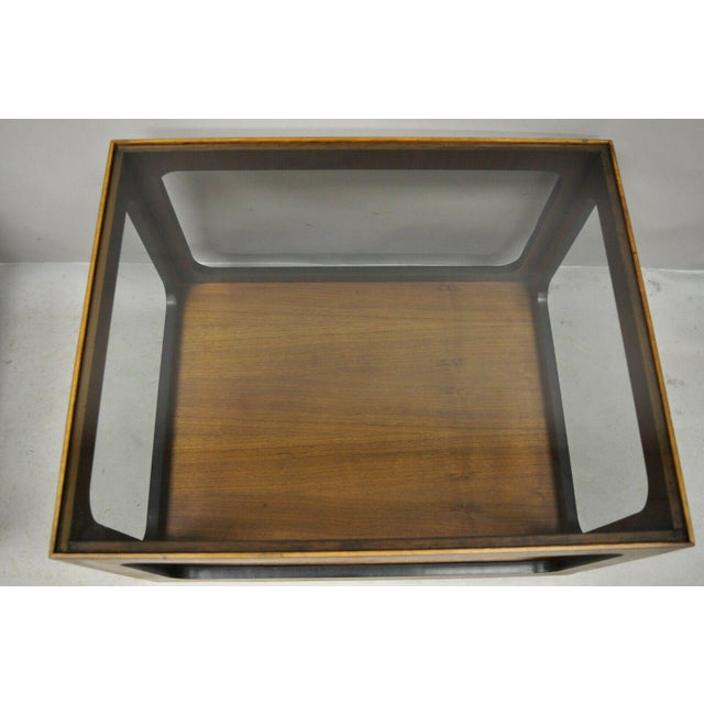 Mid Century Modern Lane Walnut Smoked Glass Modernist End Tables - a Pair For Sale In Philadelphia - Image 6 of 12