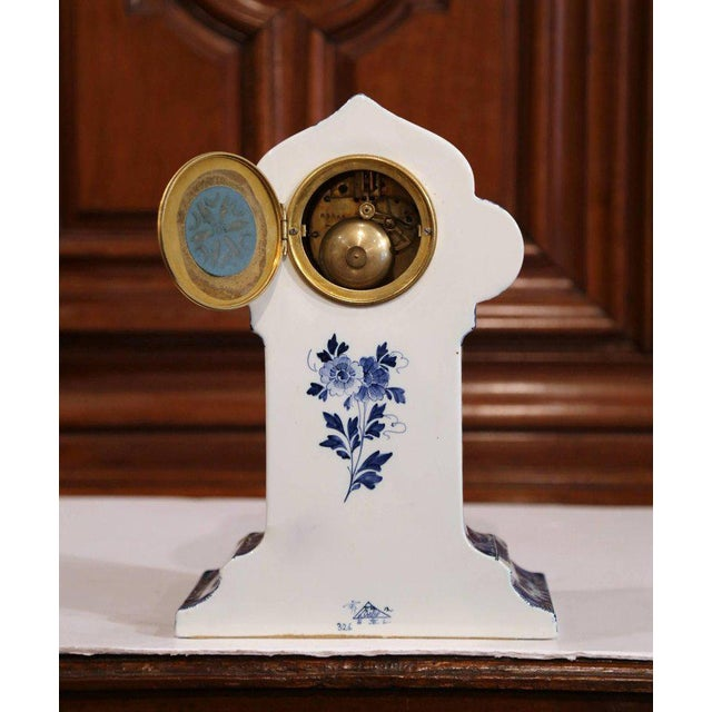 French Early 20th Century Dutch Hand-Painted Blue and White Faience Delft Mantel Clock For Sale - Image 3 of 13