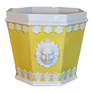 (Final Price) 1980s Vintage Mottahedeh Lemon & White Porcelain Cachepot For Sale