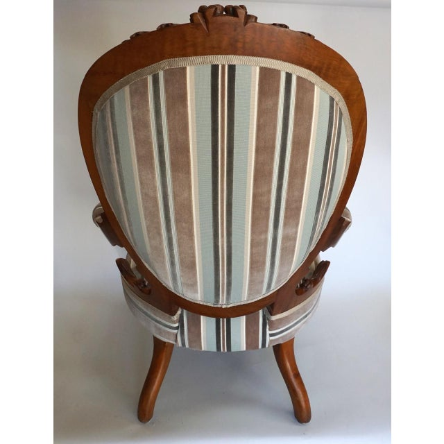 French Antique Walnut Louis XVI Fauteuil and Footstool For Sale - Image 3 of 11
