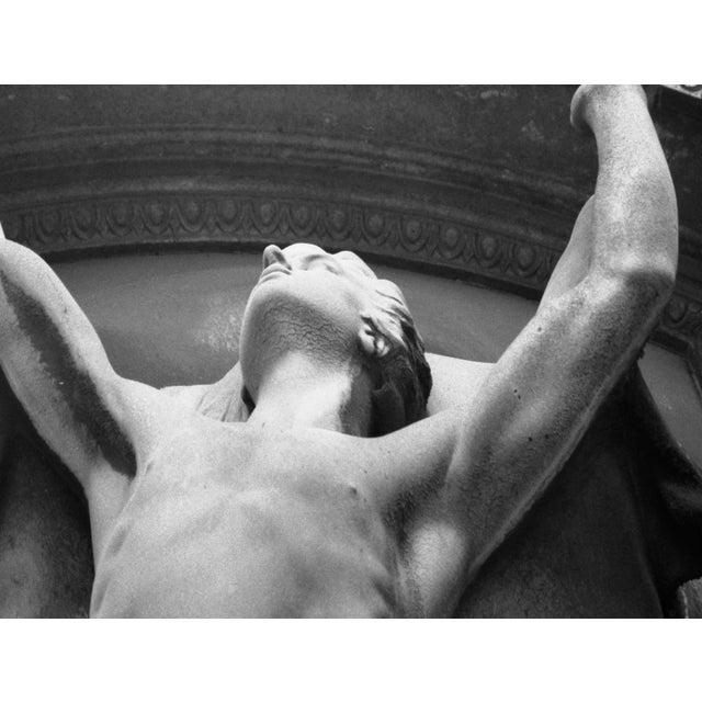 French Immortalite, Pere Lachaise, Paris Original Photograph For Sale - Image 3 of 3