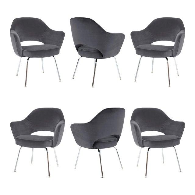 Saarinen For Knoll Executive Arm Chairs In Gunmetal Gray