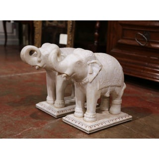 Pair of 19th Century English Marble Elephants Sculptures on Rectangular Bases Preview
