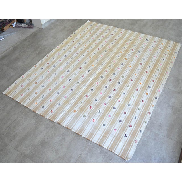 """1970s Vintage Anatolian Braided Rug Hand Woven Cotton Small Rug Sofreh - 6'8"""" X 8'6"""" For Sale - Image 5 of 11"""