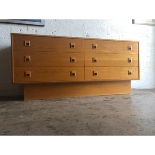 Vintage Mid-Century Danish Modern Style Dresser / Chest of Drawers Preview