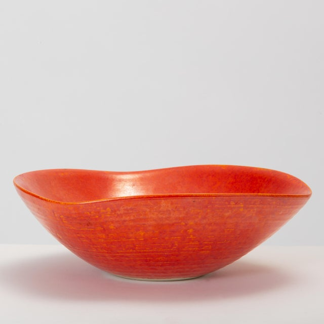 1960s Red Glazed Studio Pottery Bowl For Sale - Image 5 of 12