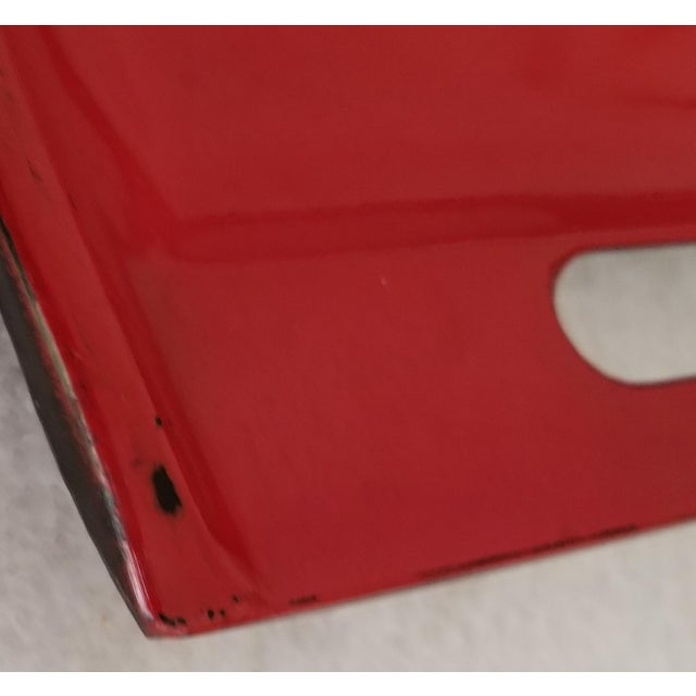 Mid 20th Century 20th Century Pop Art Red Lacquer Serving Tray With Daisies For Sale - Image 5 of 7